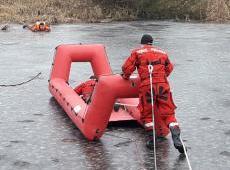 Ćwiczenia z ratownictwa lodowego  - powiat bocheński