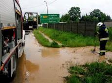 Burza i ulewny deszcz na terenie powiatu miechowskiego