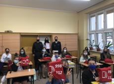 Uczniowie Szkoły Podstawowej nr 2 w Andrychowie wyróżnieni za konkursową piosenkę o tematyce strażackiej.