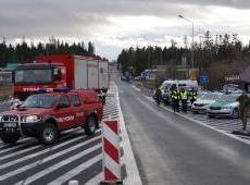 Kontrole na przejściu granicznym w Chyżnem